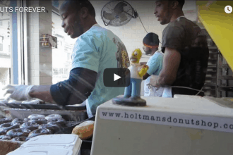 Holtmans Donuts