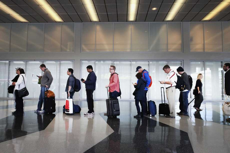 5 Ways to Get Through The Airport Quicker
