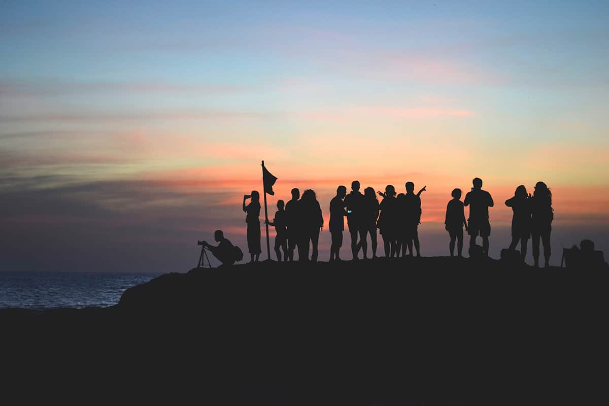 Ultimate Guide to Planning a Team Building Retreat